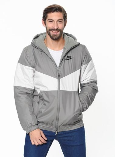 Nike Mont Gri
